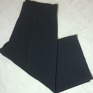 LULULEMON Wide Legged Crop Pants